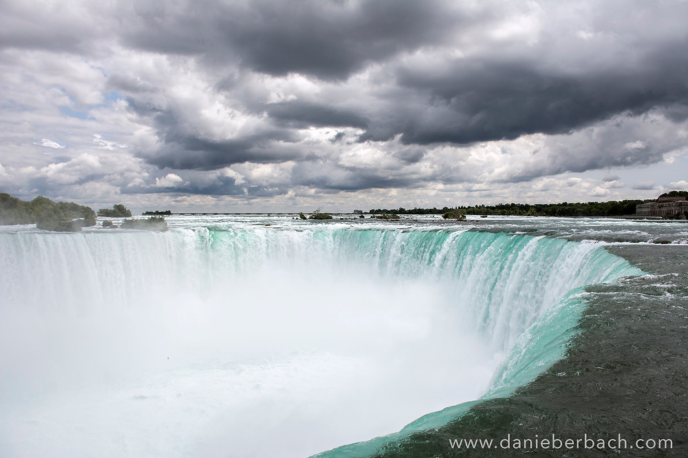 Niagara Horseshoe Falls and overcast sky