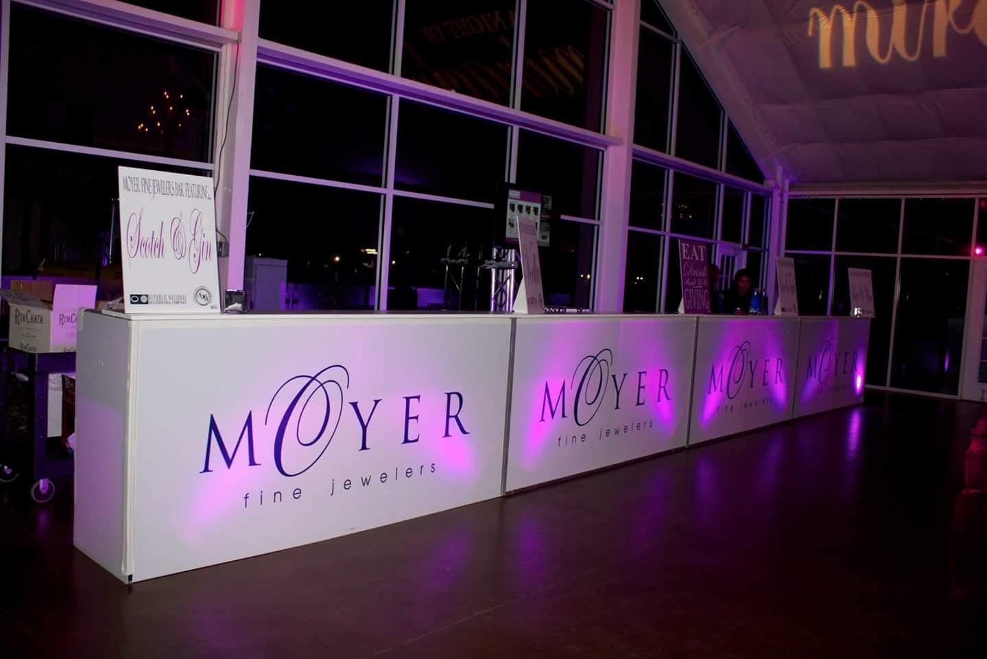 Moyer Jewlers Booths.jpg