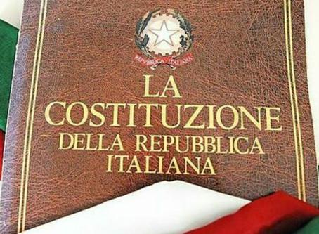 La Costituzione: uno strappo nel cielo di carta
