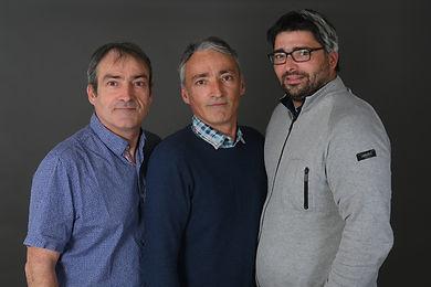 Robert, Raphael et Emmanuel de gauche à droite