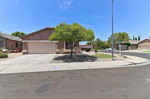 Front_8910 N 57 TH DR.jpg