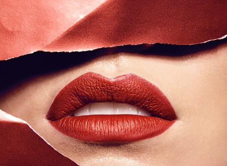 Lipgloss oder Lippenstift für den Hochzeitstag