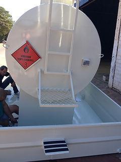 Tanque Metálico Para Combustível Aéreo Óleo Diesel Com Bacia d Contenção Completo com Bomba e Filtro Foguetinho em Goiânia Uberaba Uberlândia 2.000 3.000 4.000 5.000 6.000 8.000 10.000 12.000 15.000 20.000 Mil Litros M³ São José do Rio Preto Sertãozinho Paulinea Campinas Monte Alto Olímpia Reservatório Metálico Modelo Taça Coluna Seca Castelo Dágua