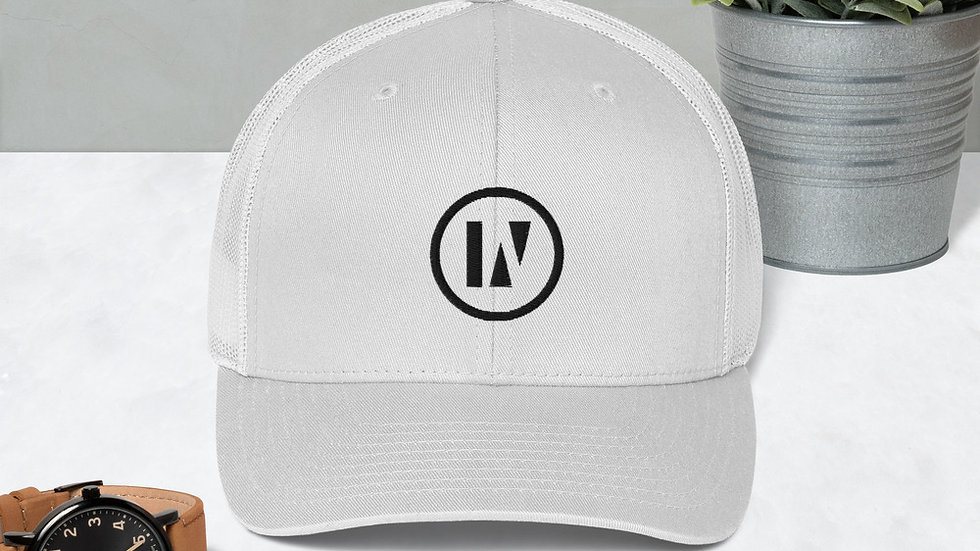 IN2U - Trucker Cap