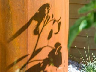 Shadow on a corten pot