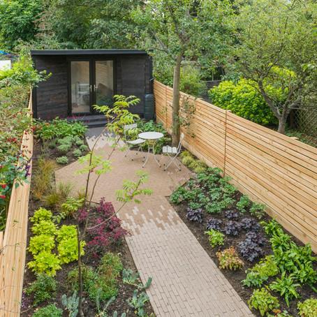 How do you set a brief for a garden designer?