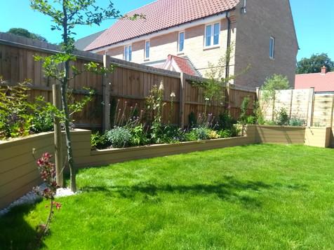 New build family garden
