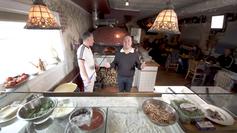 Mayor's Kitchen visits Vecchia Pizza!