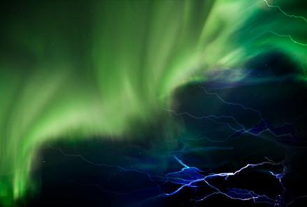 aurora bolt graphics.jpg