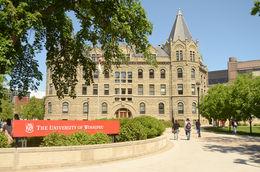 The University of Winnipeg (溫尼伯大學)