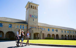 Australian Catholic University (澳洲天主教大學)