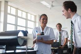 EQI-Education Queensland International (昆士蘭政府公立中學)