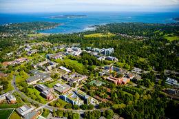 University of Victoria (維多利亞大學)