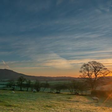 PC010077-Edit Wrekin Sunrise Sunburst.jpg