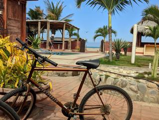 Our First Workaway - Puerto Cayo, Ecuador