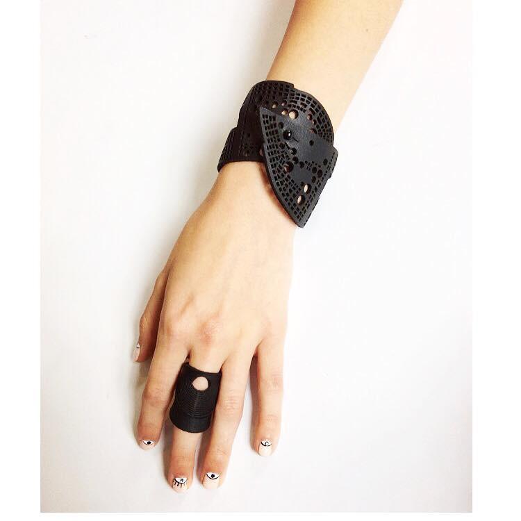 Oropopo Rings & Bracelet