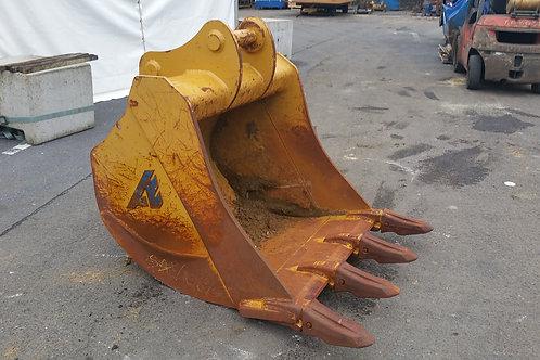 B0071 - Godet rétro 120cm / 1000Lt pour Case CX160