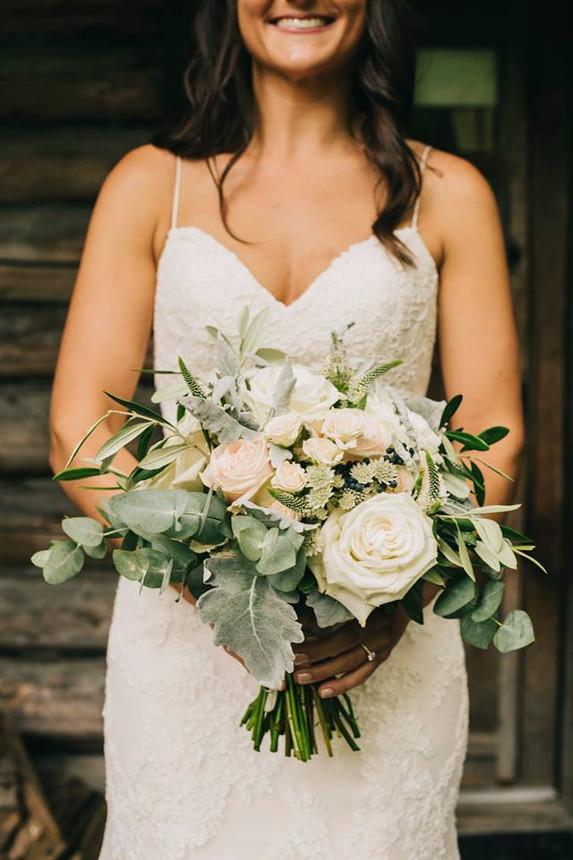 © Blushing Bride Studio