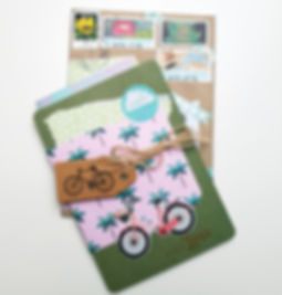 Happymail_Karte_auf_Umschlag_grün.jpg