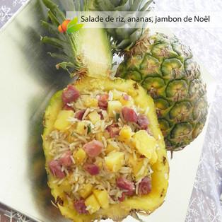 Salade de riz tiède à l'ananas et au jambon de Noël