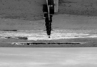 KATIEandLAURA_beach_upsidedown.jpg