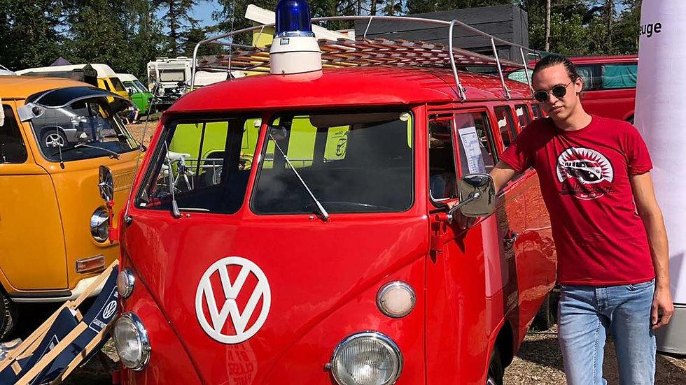 VW T1 Combi T-Shirt unisexe  - Vintage Logo/rouge