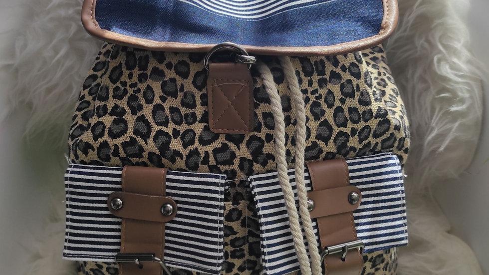 Sac à dos léopard beige marron environ 40 cm x 34