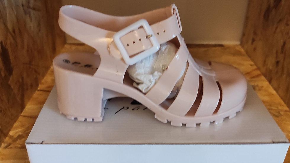 Chaussure de plage beige