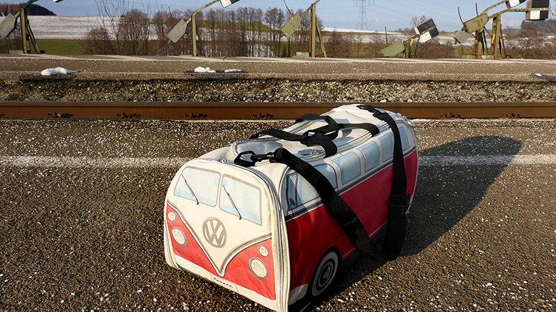 VW T1 Combi Sac de sport et de voyage - bleu/beige