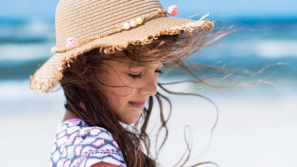 Très jolie protection contre soleil pour enfant.
