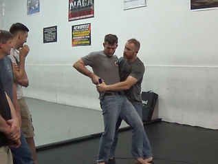 in fight weapon access clinch