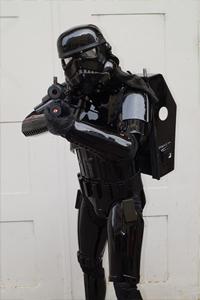 dennis-t-shadow-rooper.jpg