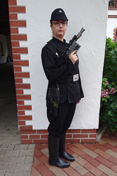 lisa-s-imperialer-offizier.jpg