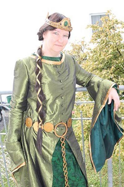 marion-d-königin-elinor.jpg