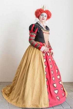 monika-t-herz-königin.jpg