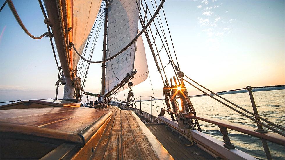 ship-sailing-on-sea-wallpaper_edited.jpg