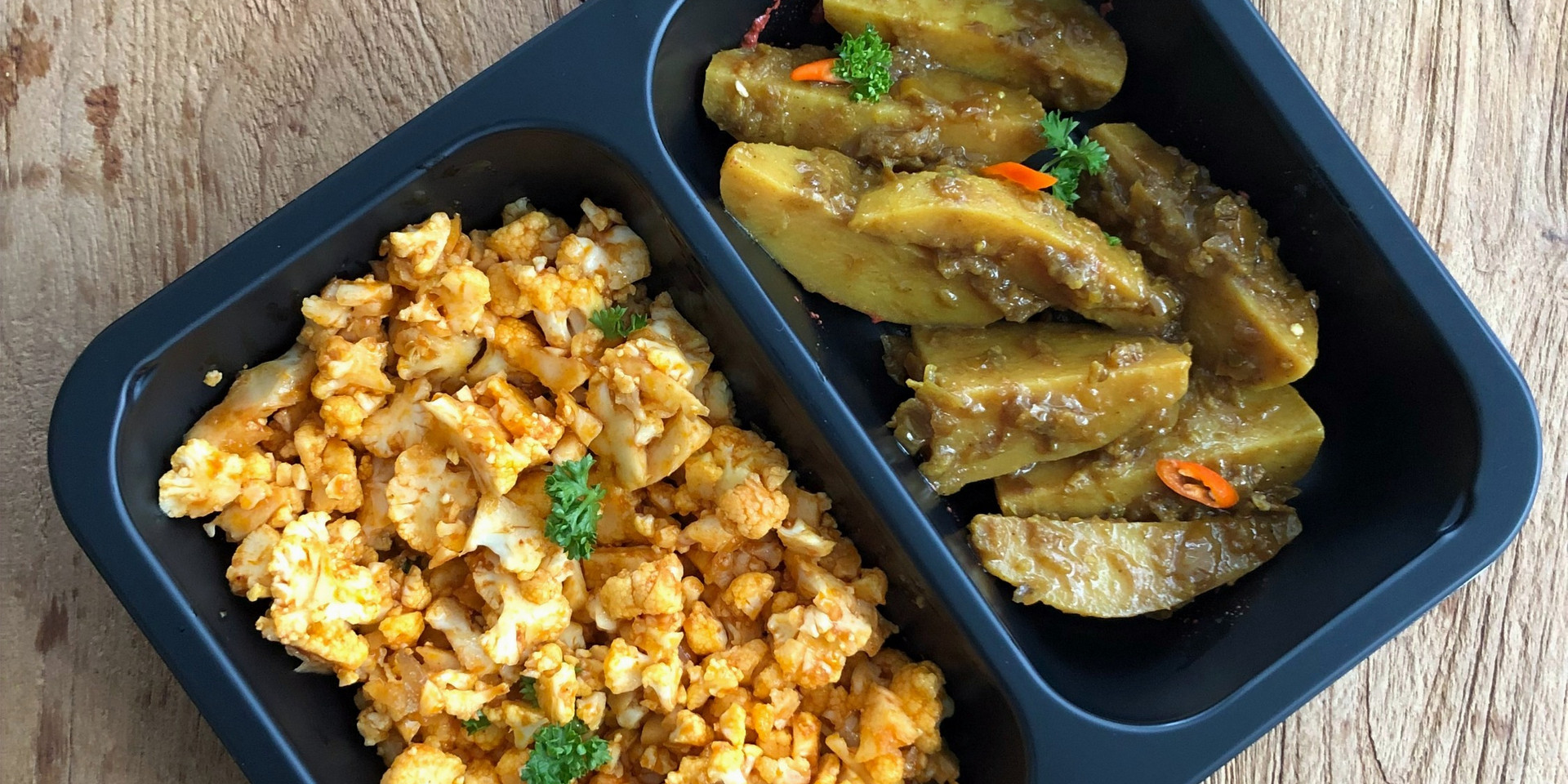 Bloemkoolrijst met gekruidde aardappelpa