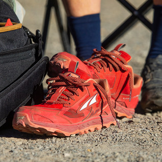 Altra Women's Lone Peak 5 Shoe