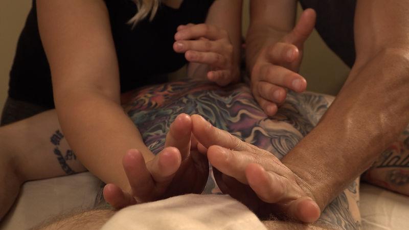 Joe & Laura Four Hand Massage _MXRI 010.