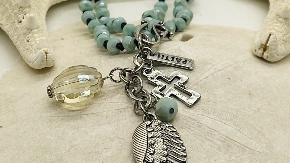 Angel wing necklace with faith