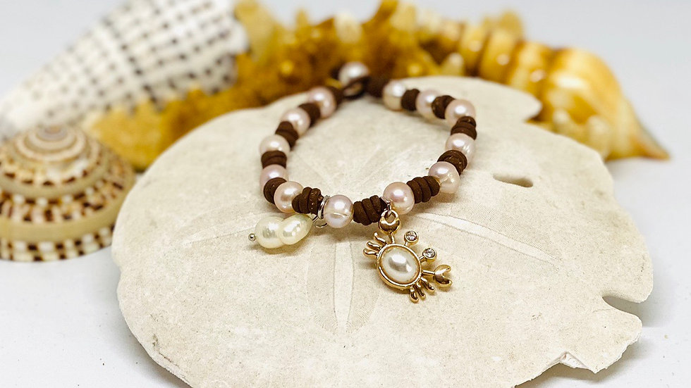 Brown leather and pearl with crab bracelet
