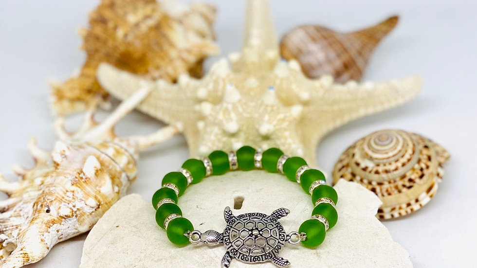 Turtle bracelet Stretchable with recycle glass