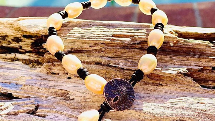 sand dollar leather and pearl bracelet