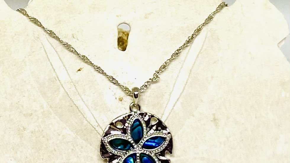 Sand dollar necklace ( made of mother of pearl)
