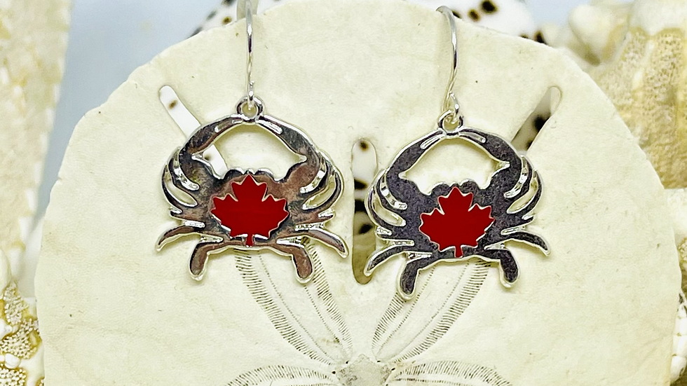 Crab earrings /nickle free