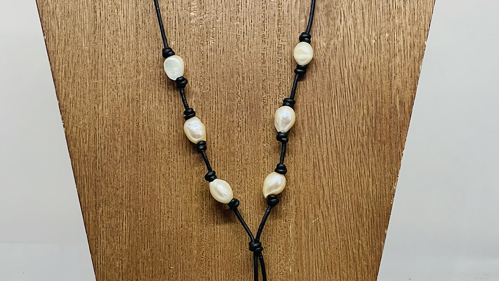 Black and freshwater pearls with 3 inch drop
