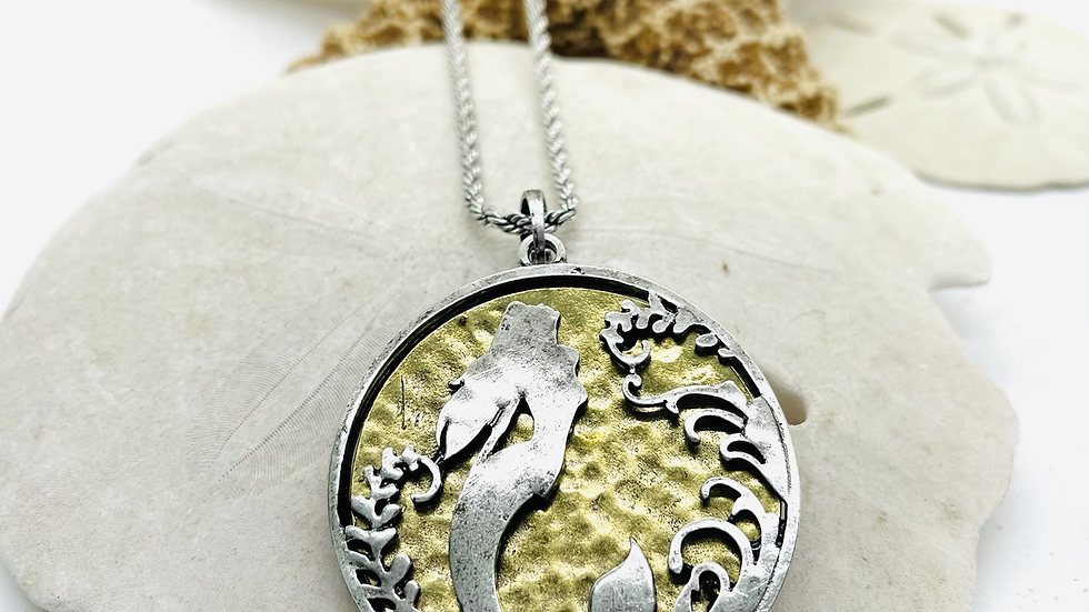 Mermaid necklace with 20 inches in length w/ 2inch extension
