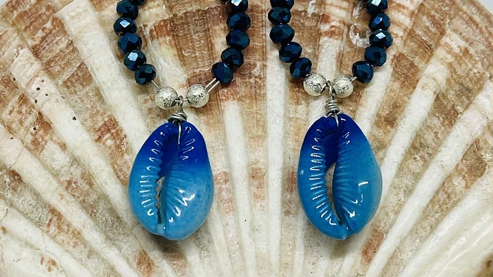 Beaded crowie earrings / Nickle free/hand crafted