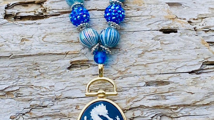 sea horse locket