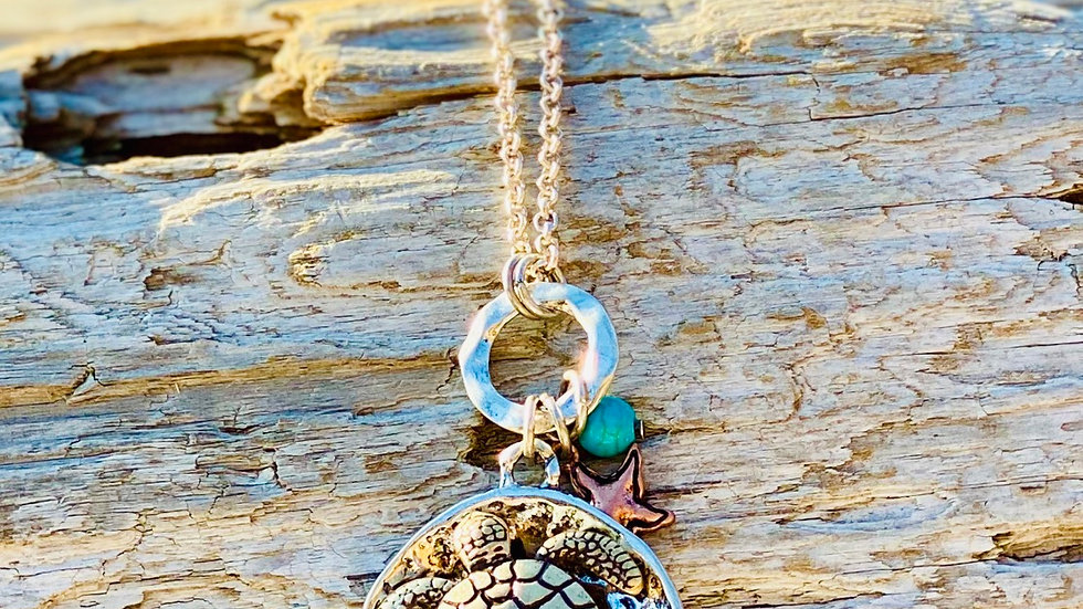 Two tone turtle necklace